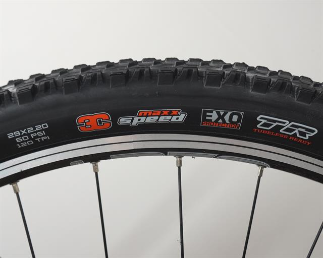 Maxxis Ardent Race 3C EXO TR  mountain bike tire on a rolling resistance test machine