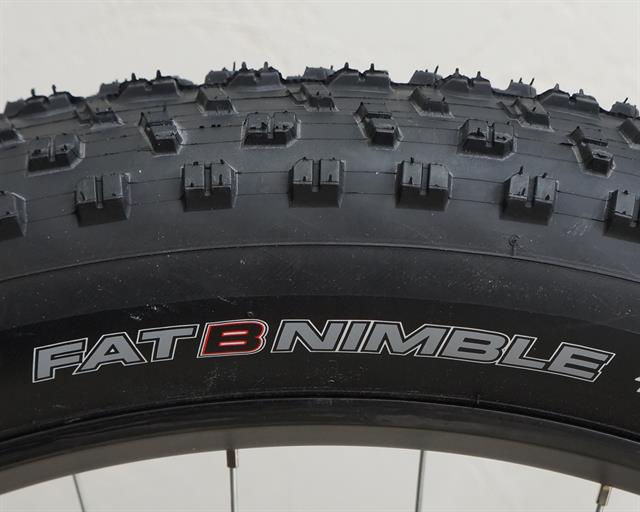 Panaracer Fat B Nimble  fat bike tire on a rolling resistance test machine