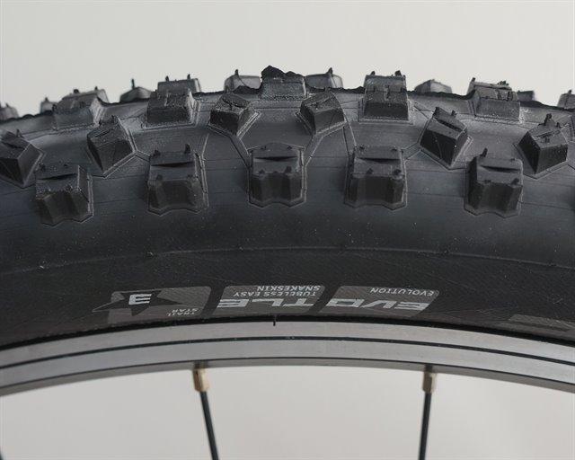 Schwalbe Hans Dampf TrailStar  mountain bike tire on a rolling resistance test machine