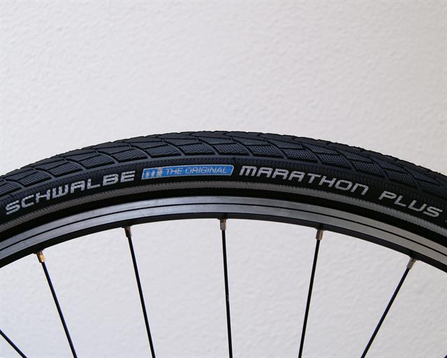 Schwalbe Marathon Plus Touring / E-Bike auf einer Rollwiderstandsprüfmaschine