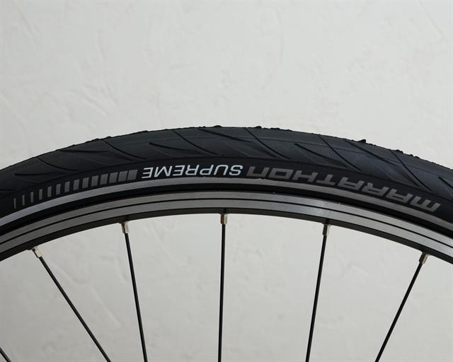 Schwalbe Marathon Supreme Touring/E-Bike on a rolling resistance test machine