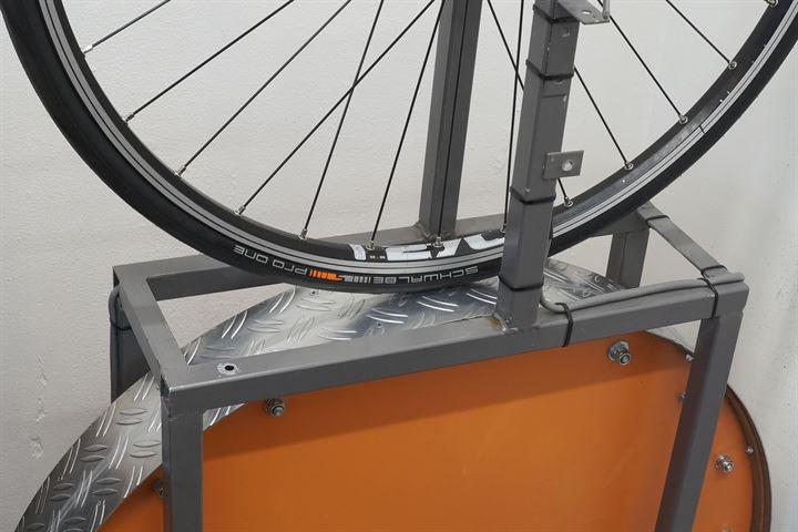 Schwalbe Pro One (tubetype) Addix road bike tire on a rolling resistance test machine
