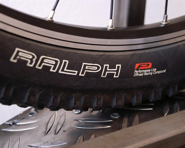 Schwalbe Racing Ralph Performance  mountain bike tire on a rolling resistance test machine