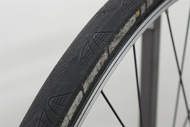 Worn Continental Grand Prix 4000S II - Closeup of worn label